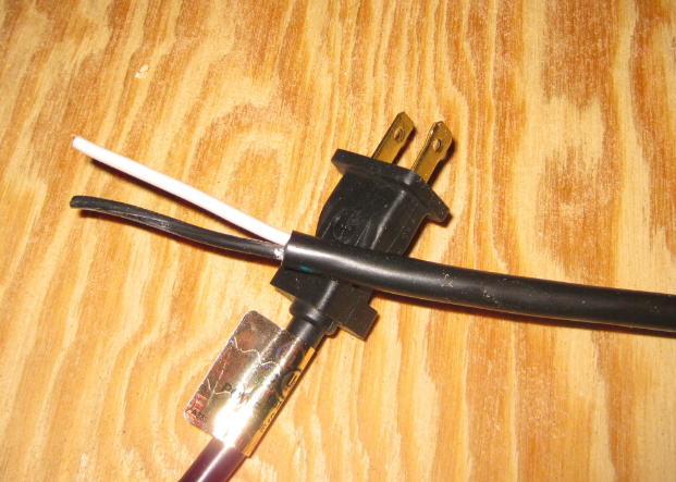 Click image for larger version  Name:solenoidcableends.jpg Views:200 Size:178.7 KB ID:18990